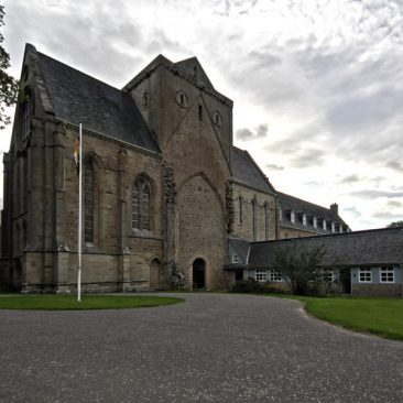 Pluscarden Abbey rano